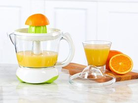 Are Juicers and Juice Extractors the Same Appliance?
